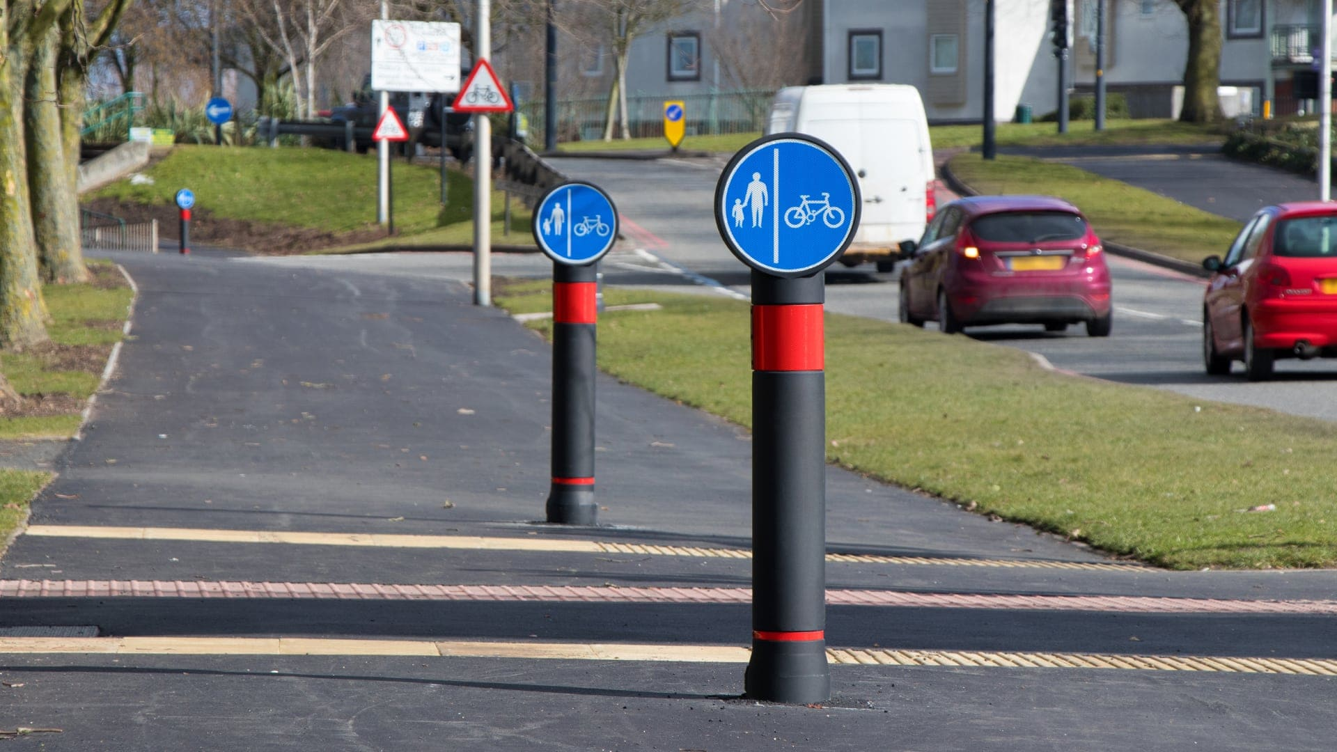 Twin TMP Pictor Sandwell cycle route bollards