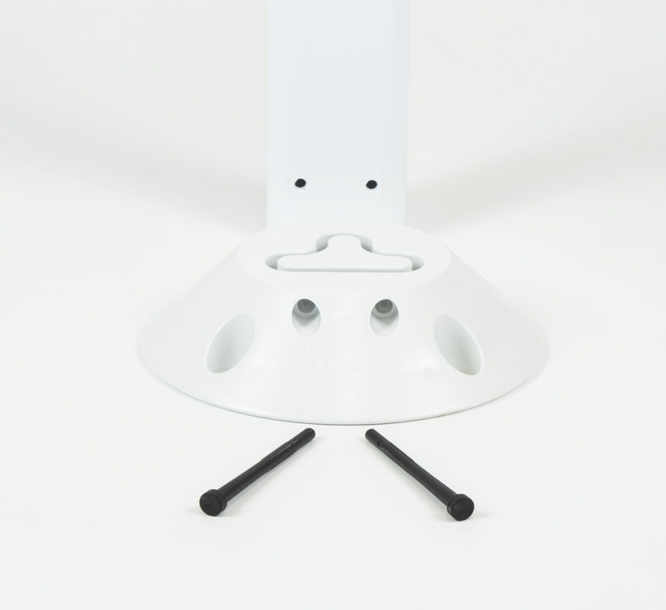 White FG300 Marker Post From TMP Solutions Pins