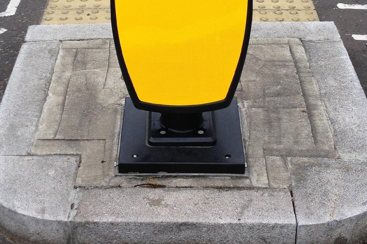 Solar Traffic Bollard retrofit base light