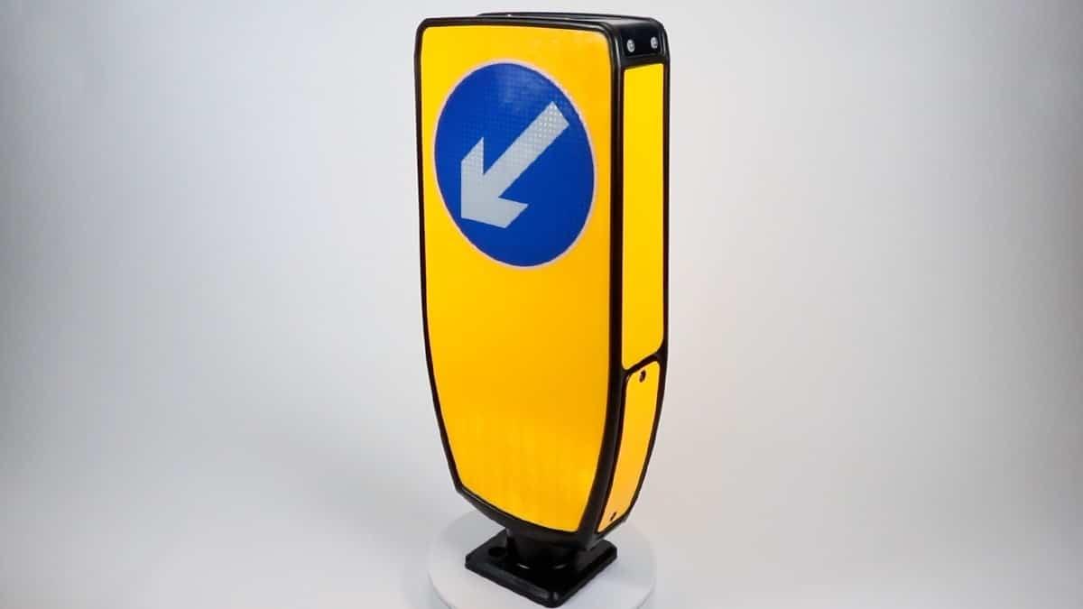 Solar traffic sign bollard keep left